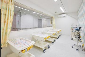 新生児室(内側)